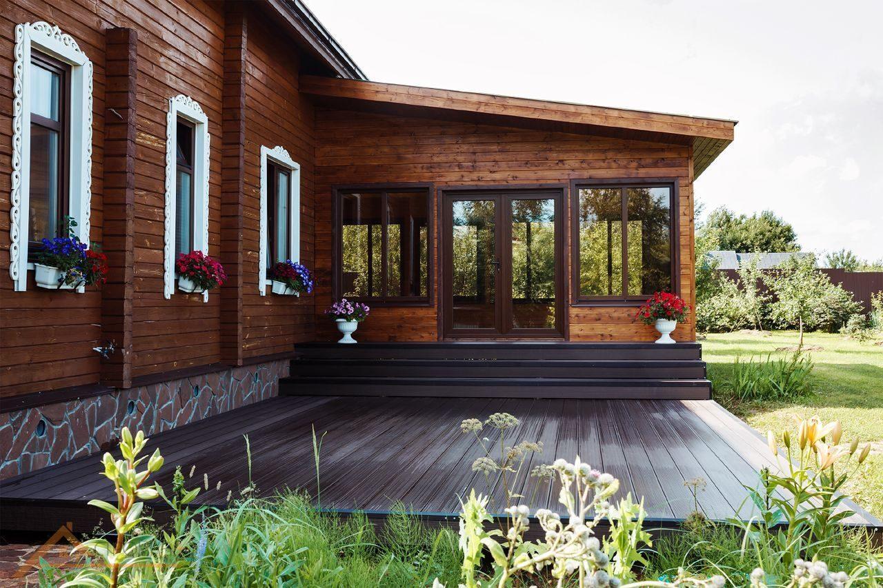 видите, терраса к деревянному дому проекты фото чаще всего